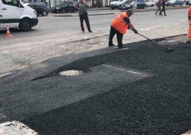 В Запорожье на проспекте Металлургов восстановили поврежденное дорожное покрытие