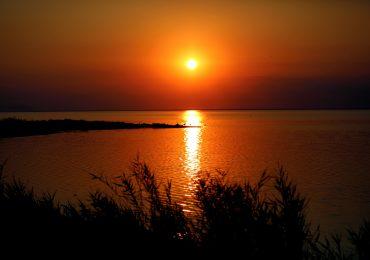 Закат в Утлюкском лимане Азовского моря - Путешествуем по Украине!
