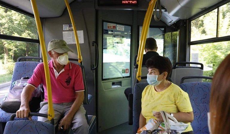 В Запорожье льготники в выходные дни смогут без ограничений пользоваться общественным транспортом