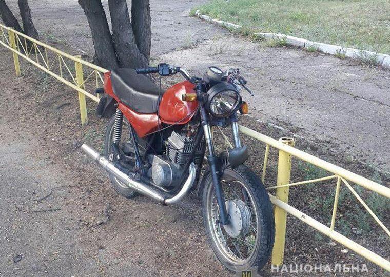 На Запоріжжі поліція встановлює обставини смертельної ДТП за участю мотоцикліста