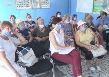 Специалисты Запорожской АЭС провели встречу с сельской общественностью