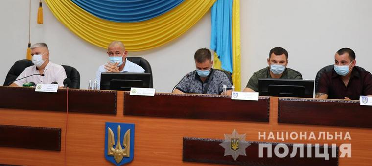 Начальник полиции Запорожской области встретился с общественностью