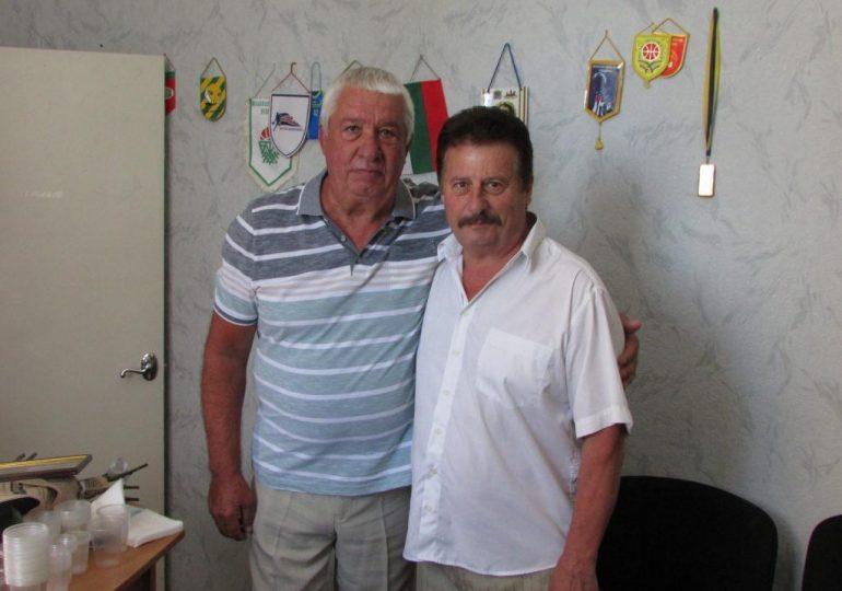 В Бердянске поздравили с 70-летием директора городского Дворца спорта
