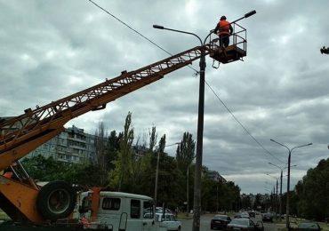 В Хортицком районе восстановили уличное освещение
