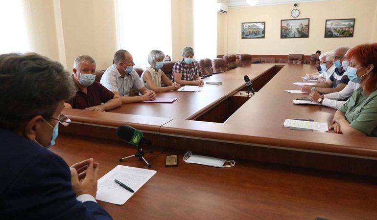 В Запорожье обсудили работу медицинских учреждений в условиях коронавируса