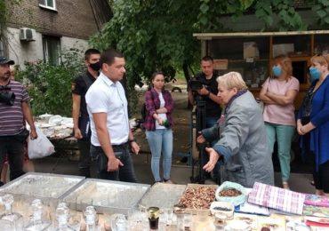 В Запорожье продолжается борьба со стихийными рынками (фото)