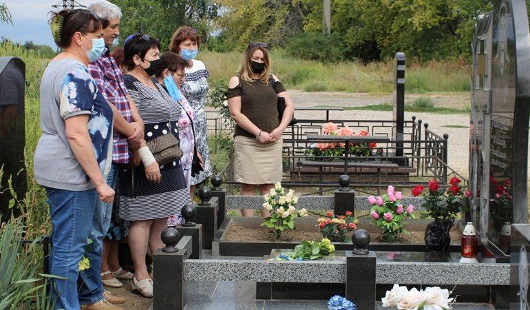 В Запорожье почтили память погибших военнослужащих