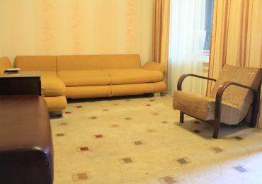 В Запорожье выросший без родителей юноша купил себе жилье