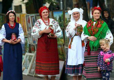 В Запорожье стартовал шестой фестиваль домашней консервации (фото, видео)