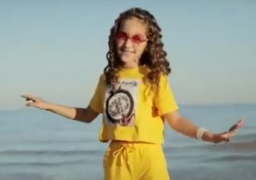 Восьмилетняя певица из Мелитополя записала свой первый клип