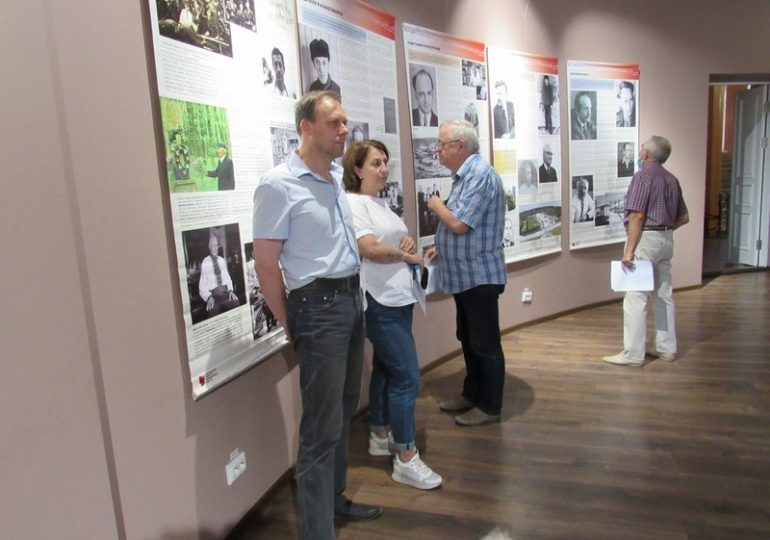 В Запорожье открылась выставка «Тріумф людини. Мешканці України, які перемогли ГУЛАГ»