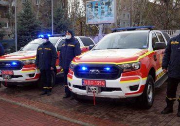 Запорізькі рятувальники отримали два нові спецавтомобілі