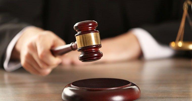 Держслужбовця Запорізької обласної держадміністрації судитимуть за вимагання та підробку документів
