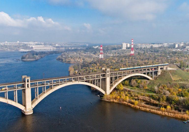 Вниманию запорожцев: изменение движения транспорта через мост Преображенского