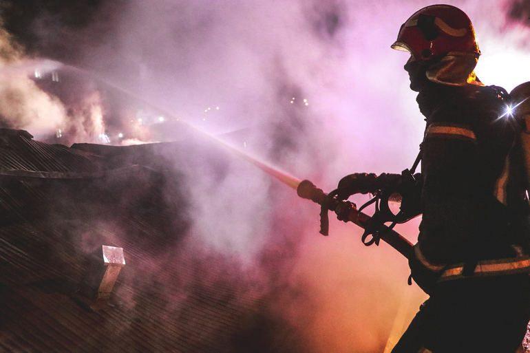 У Мелітополі у вогні загинула людина