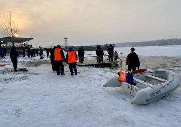 Зранку на Запоріжжі в ополонки пірнули більше 500 осіб