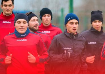 """Футболісти МФК """"Металург"""" поновили тренувальний процес"""