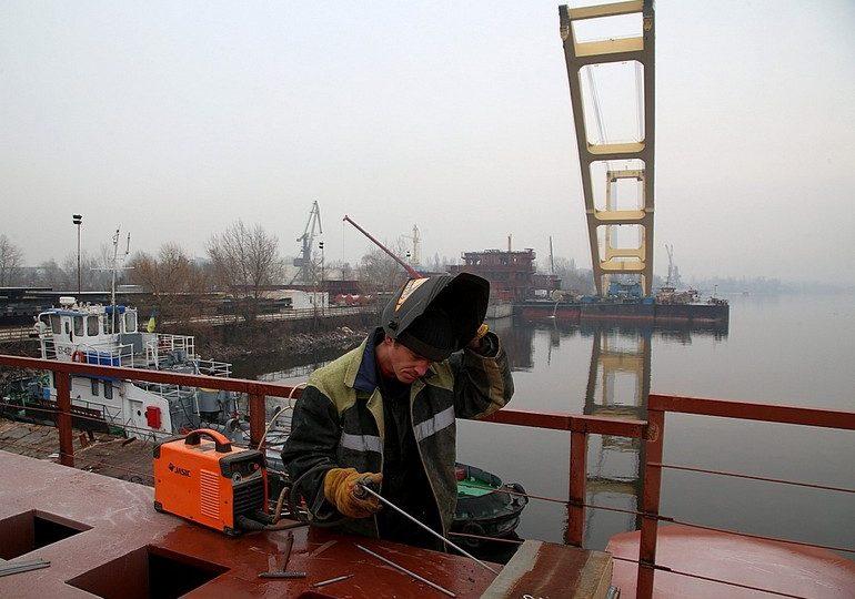 До Запоріжжя з Туреччини прибув потужний кран для добудови мостів