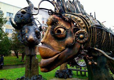 Подорожуємо Україною: Алея кованих скульптур